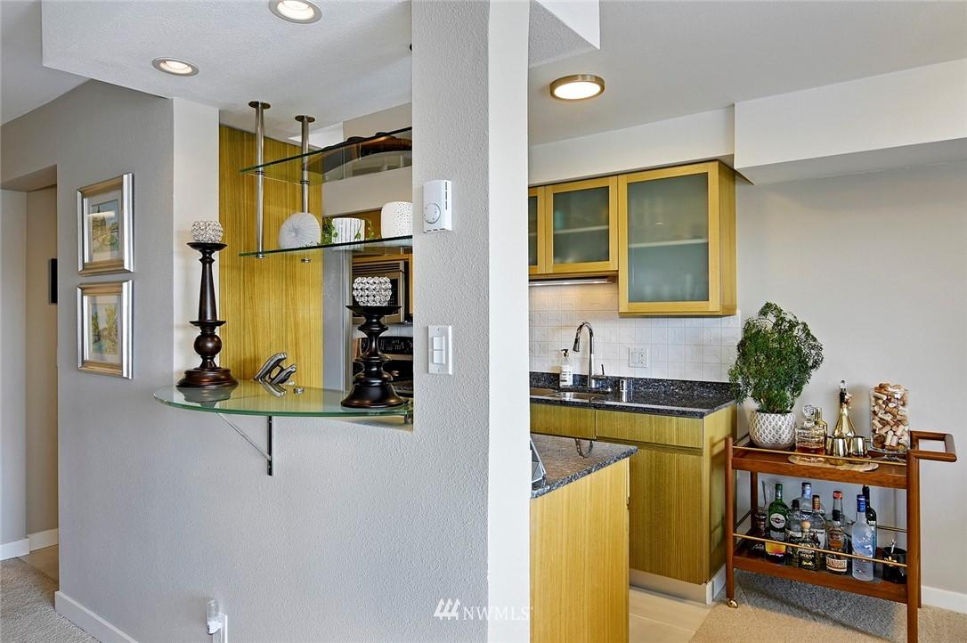 Sold Property | 701 122nd Avenue NE #204 Bellevue, WA 98005 6