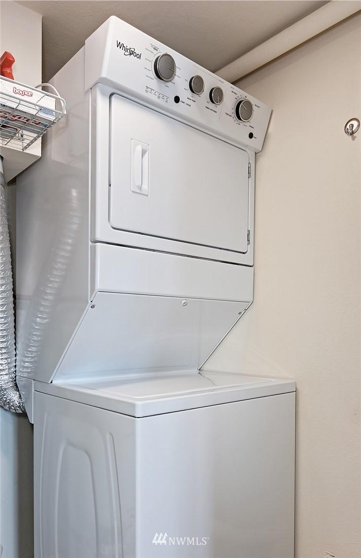 Sold Property | 701 122nd Avenue NE #204 Bellevue, WA 98005 17