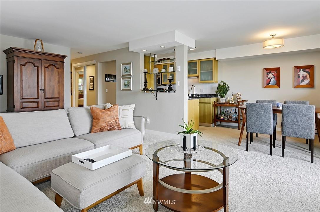 Sold Property | 701 122nd Avenue NE #204 Bellevue, WA 98005 11