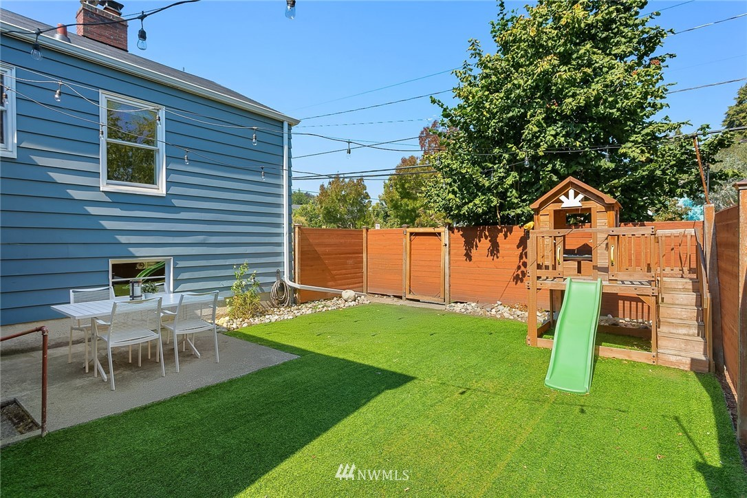 Sold Property | 7556 13th Avenue NW Seattle, WA 98117 20