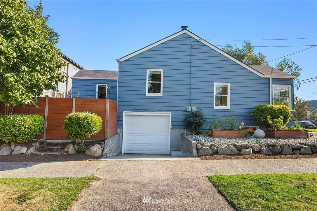 Sold Property | 7556 13th Avenue NW Seattle, WA 98117 22