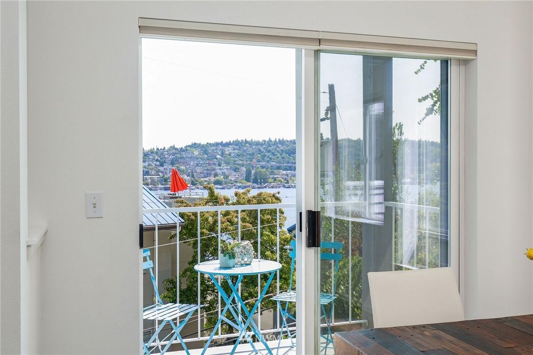 Sold Property | 2419 8th Avenue N #201 Seattle, WA 98109 10