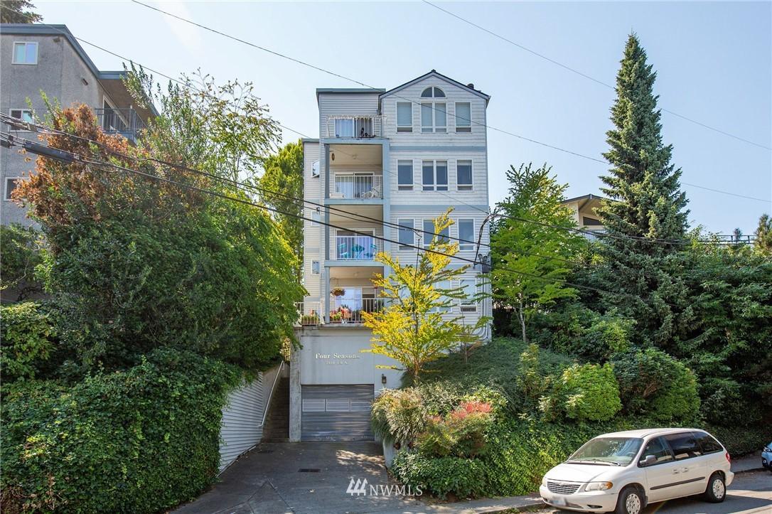 Sold Property | 2419 8th Avenue N #201 Seattle, WA 98109 17