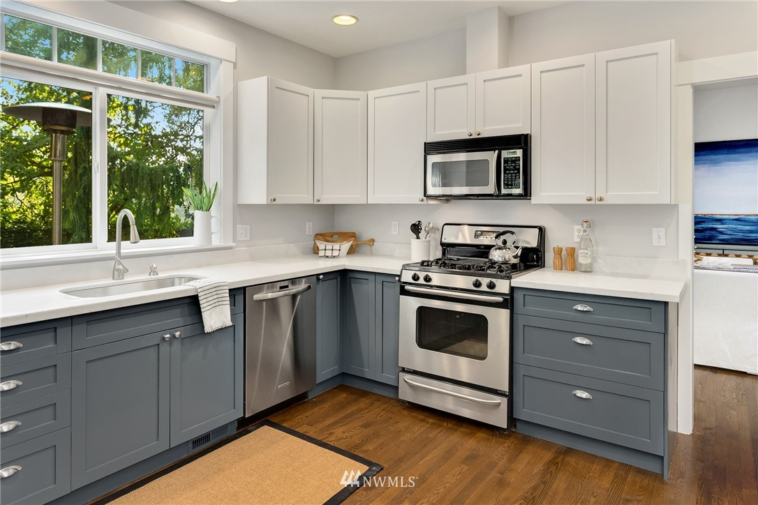 Sold Property | 841 NW 116th Street Seattle, WA 98177 9