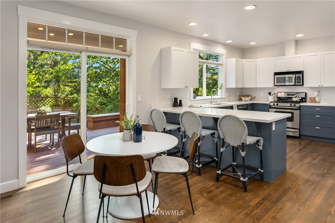 Sold Property | 841 NW 116th Street Seattle, WA 98177 11