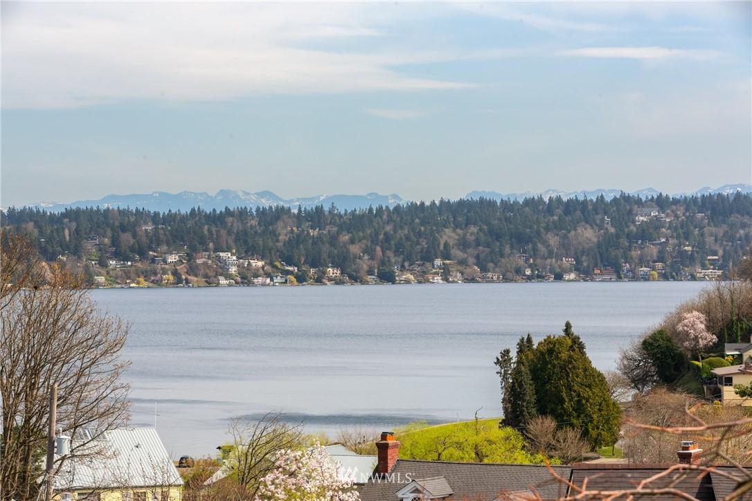 Sold Property | 3711 41st Avenue S Seattle, WA 98144 5