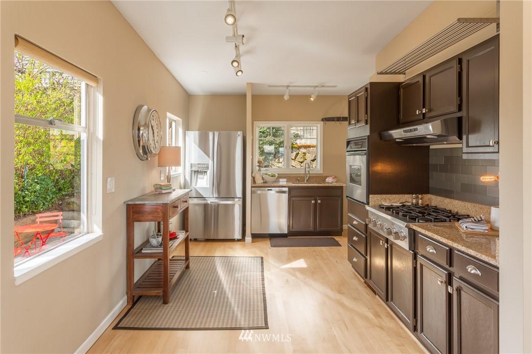 Sold Property | 3711 41st Avenue S Seattle, WA 98144 11