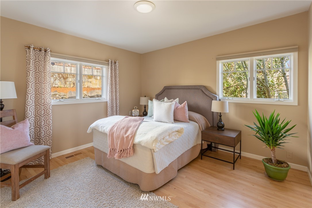 Sold Property | 3711 41st Avenue S Seattle, WA 98144 25