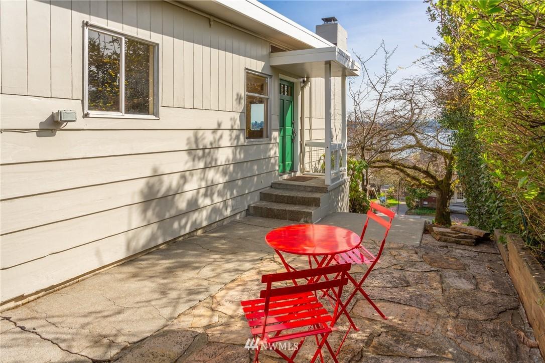 Sold Property | 3711 41st Avenue S Seattle, WA 98144 26