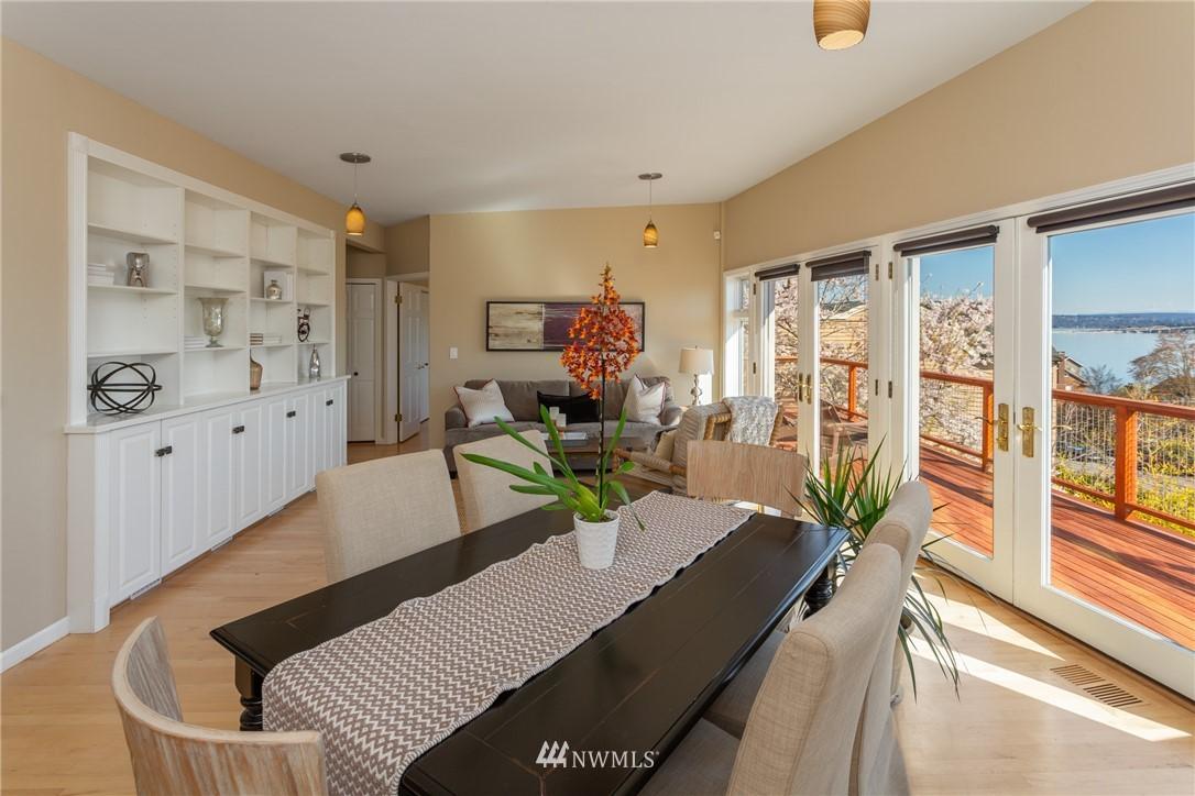 Sold Property | 3711 41st Avenue S Seattle, WA 98144 2
