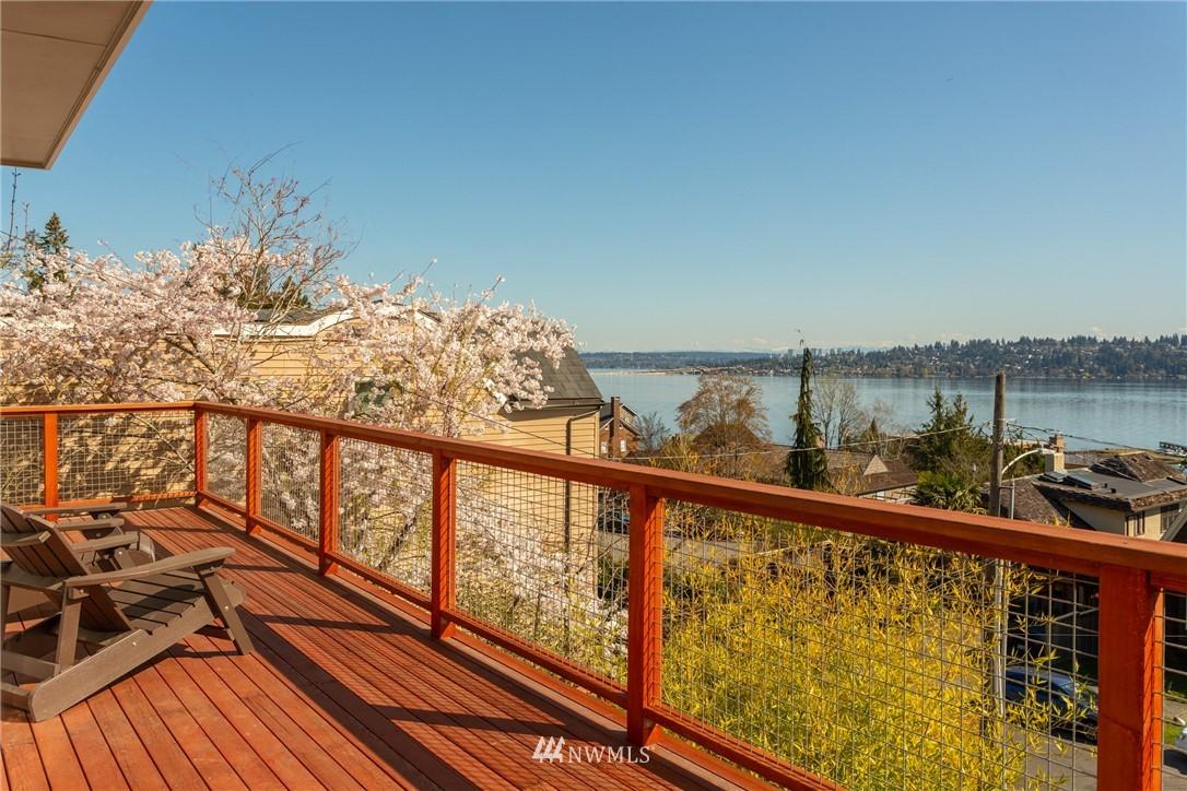 Sold Property | 3711 41st Avenue S Seattle, WA 98144 9