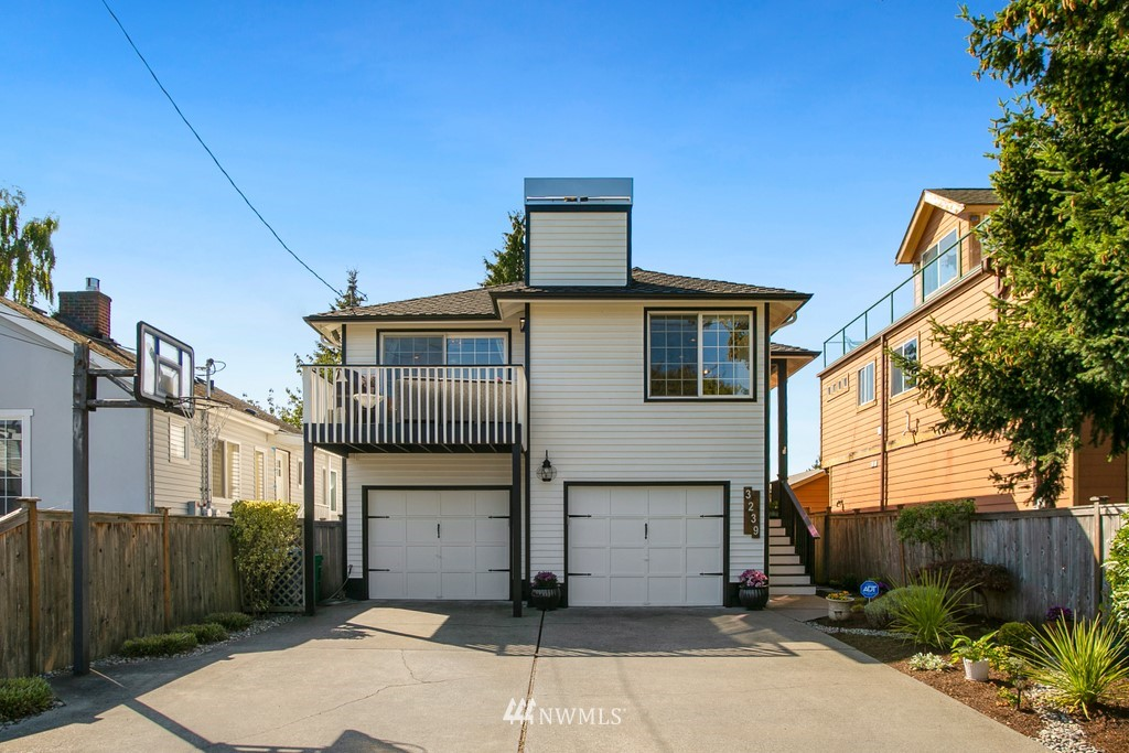 Sold Property | 3239 Walnut Avenue SW Seattle, WA 98116 25