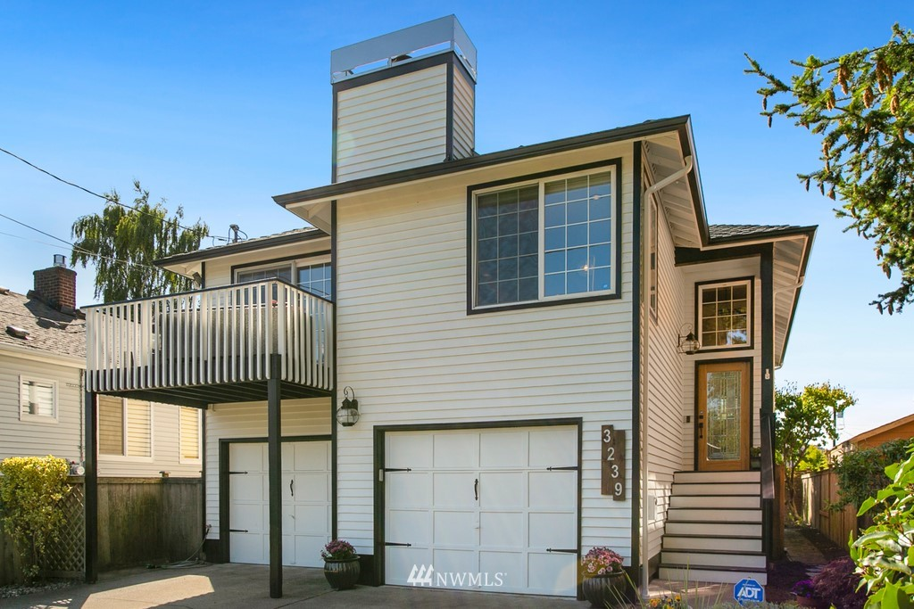 Sold Property | 3239 Walnut Avenue SW Seattle, WA 98116 0