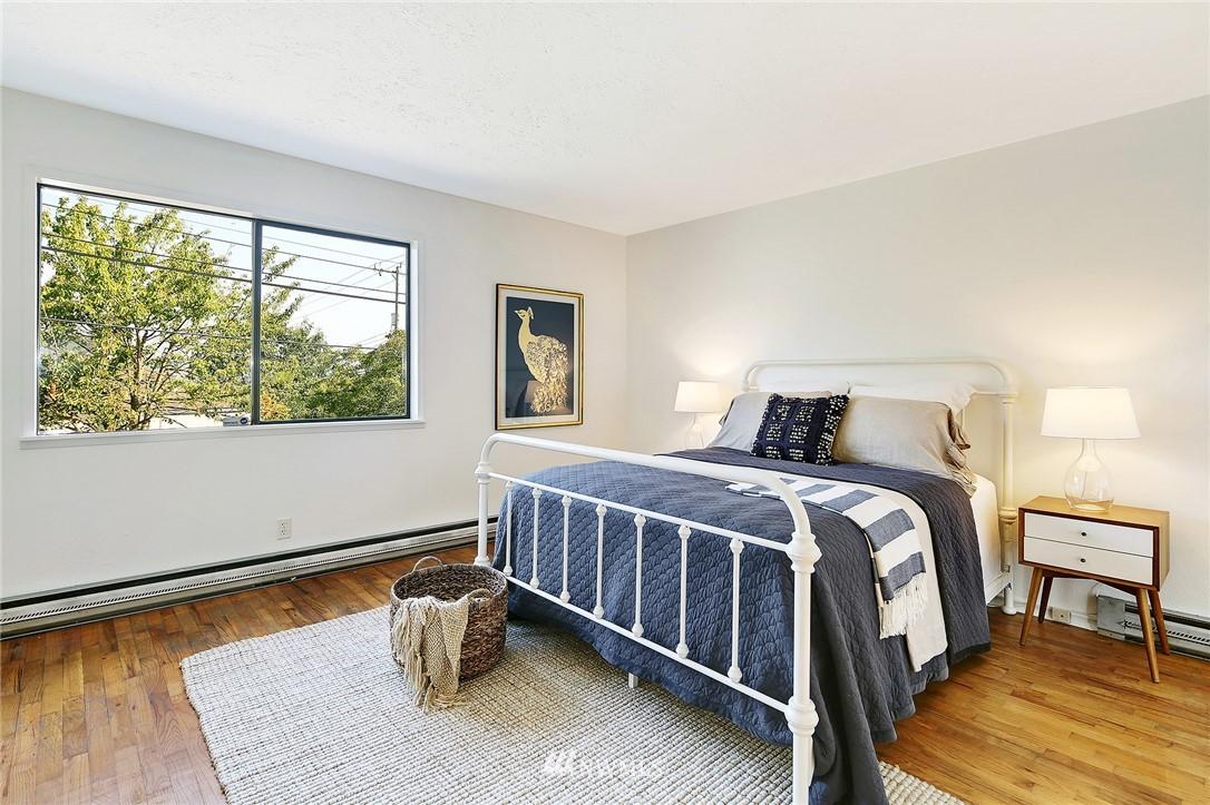 Sold Property | 2601 21st Avenue S Seattle, WA 98144 8