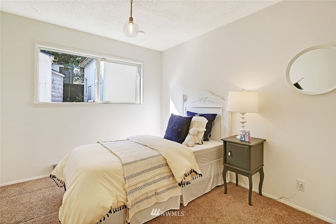 Sold Property | 2601 21st Avenue S Seattle, WA 98144 11