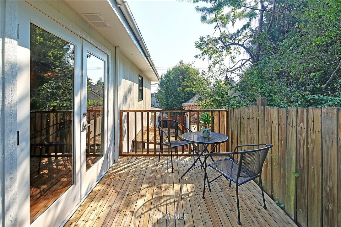 Sold Property | 2601 21st Avenue S Seattle, WA 98144 21