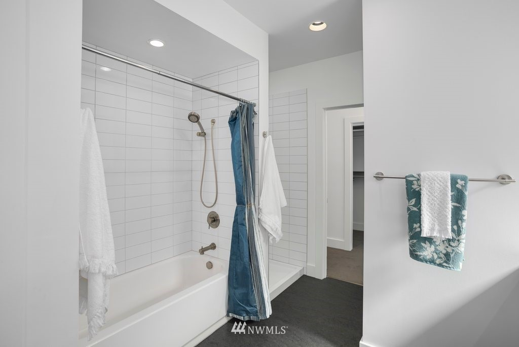 Sold Property | 5819 7th Avenue NW Seattle, WA 98107 17