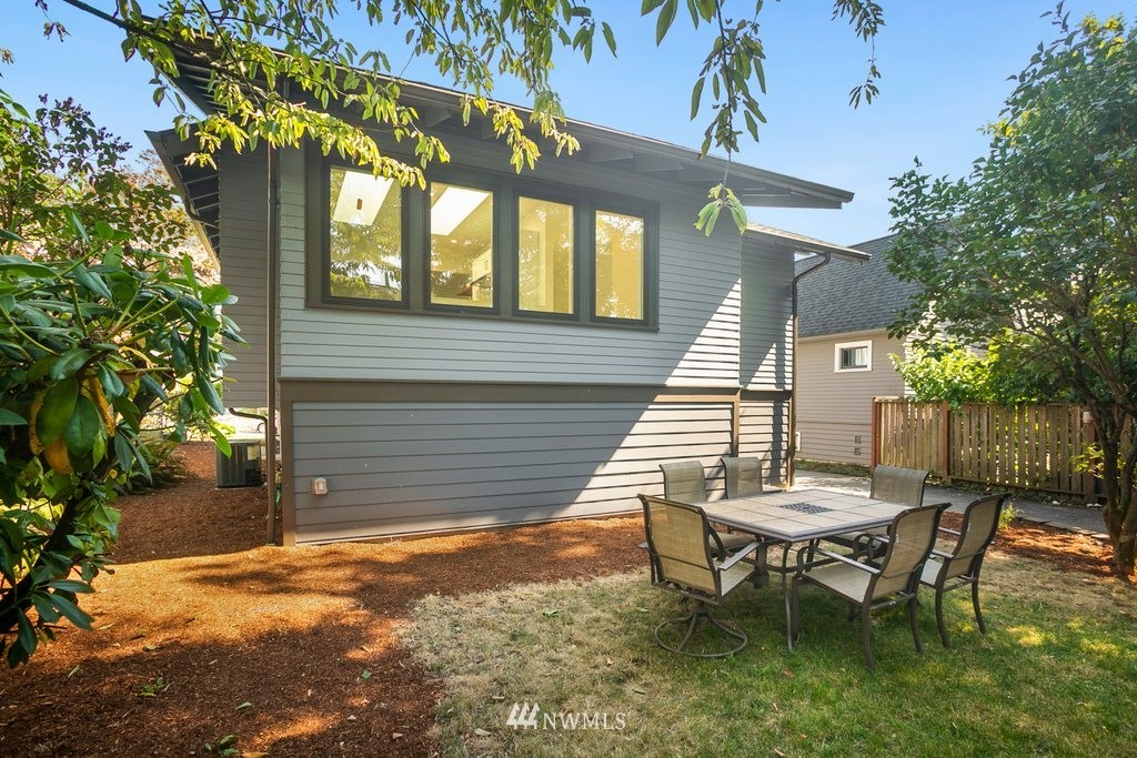 Sold Property | 5819 7th Avenue NW Seattle, WA 98107 19