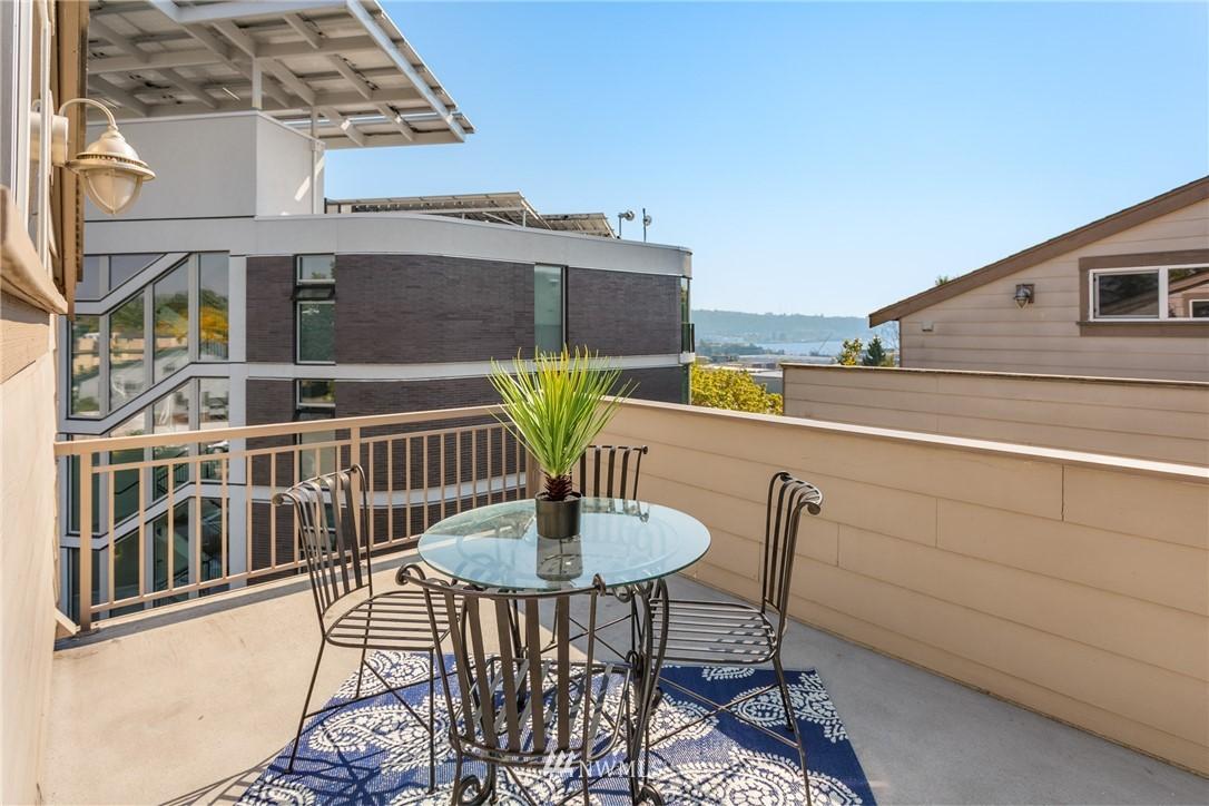Sold Property | 3824 Whitman Avenue N #A Seattle, WA 98103 13