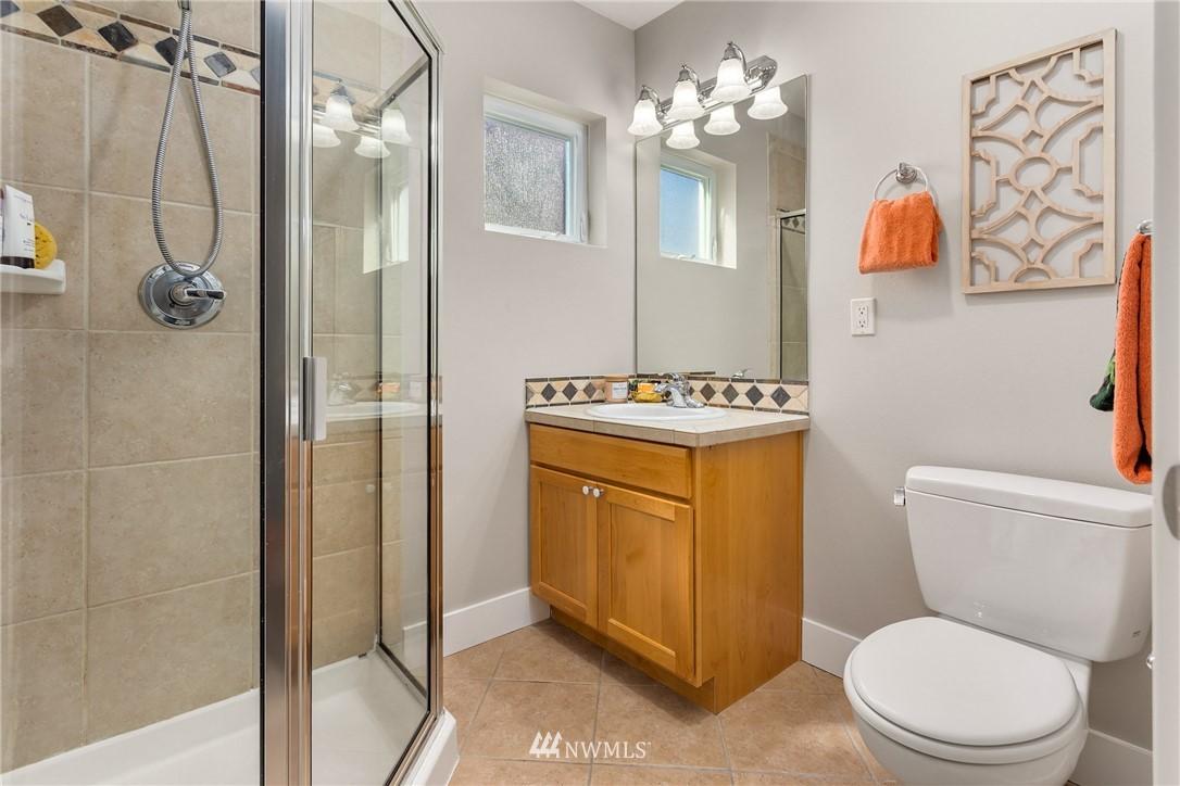 Sold Property | 3824 Whitman Avenue N #A Seattle, WA 98103 16