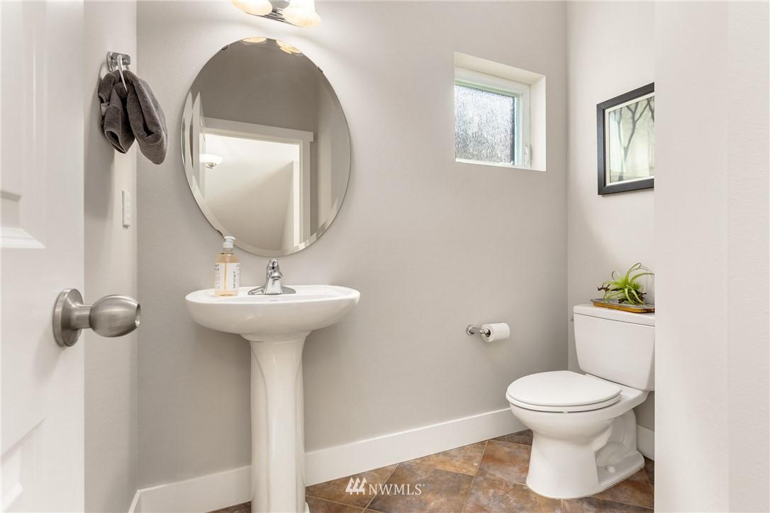 Sold Property | 3824 Whitman Avenue N #A Seattle, WA 98103 18