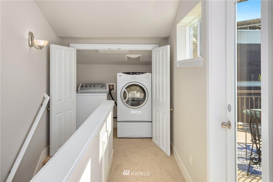 Sold Property | 3824 Whitman Avenue N #A Seattle, WA 98103 20