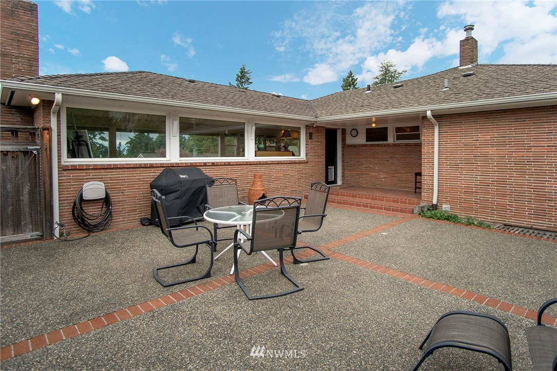 Sold Property | 11546 6th Avenue NW Seattle, WA 98177 19