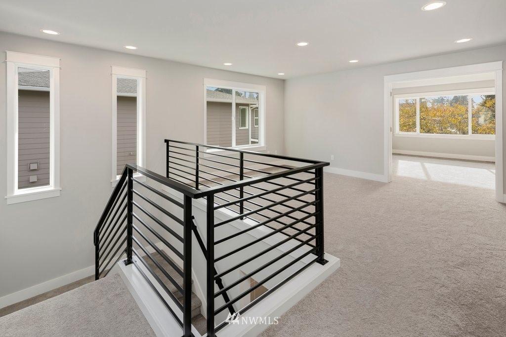Sold Property | 1403 NW 198th Street Shoreline, WA 98177 9