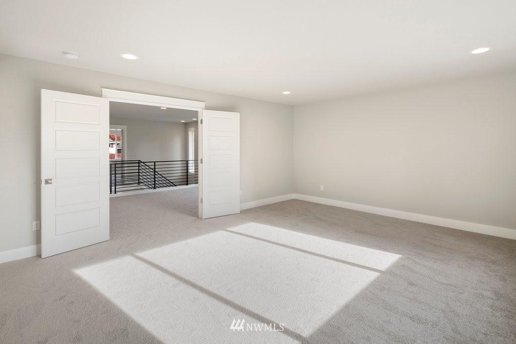 Sold Property | 1403 NW 198th Street Shoreline, WA 98177 10