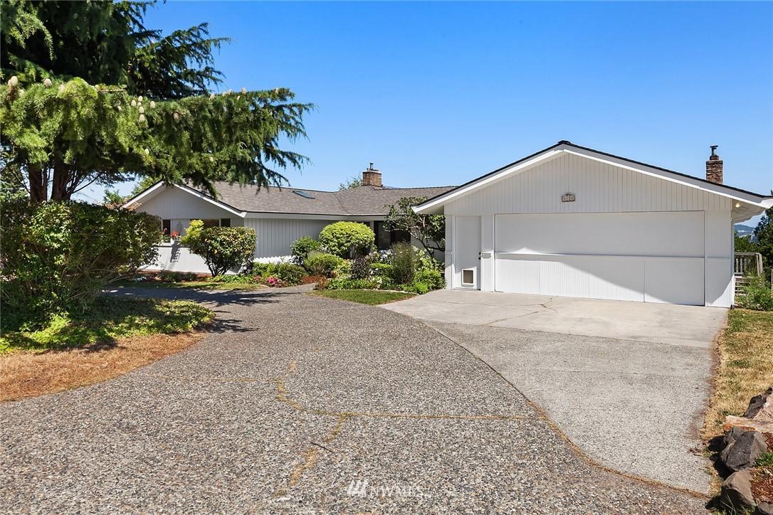 Sold Property | 4120 94th Avenue SE Mercer Island, WA 98040 2