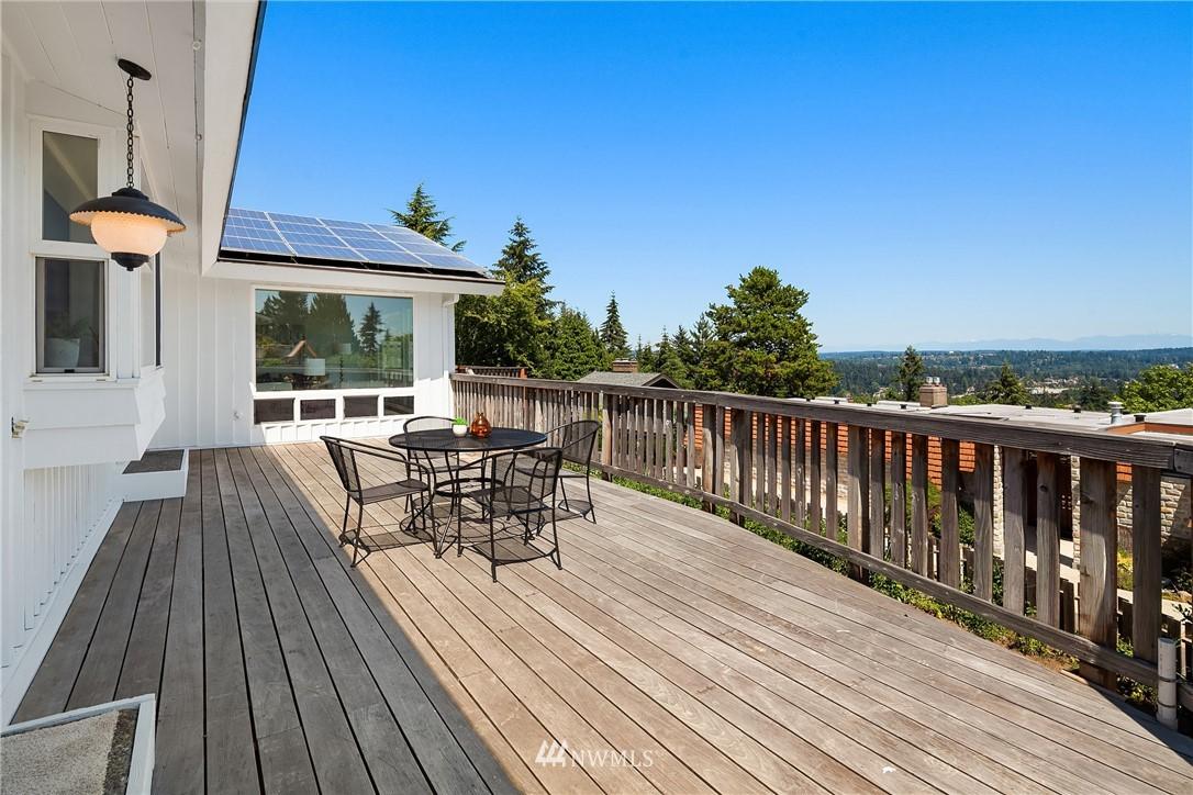 Sold Property | 4120 94th Avenue SE Mercer Island, WA 98040 18
