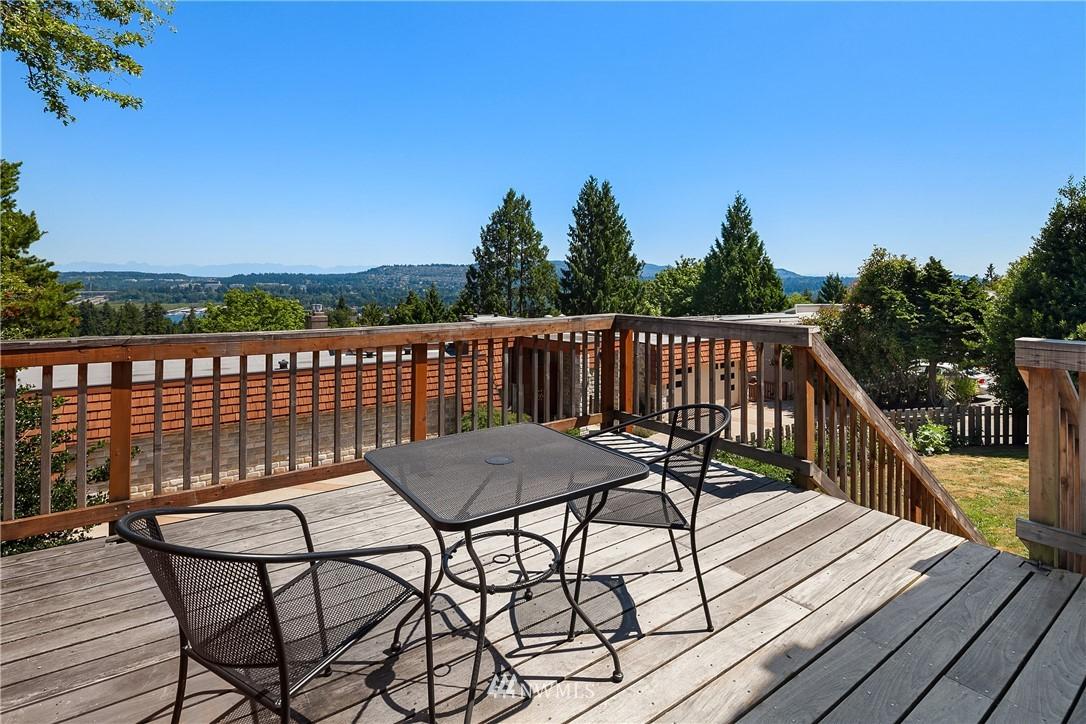 Sold Property | 4120 94th Avenue SE Mercer Island, WA 98040 21