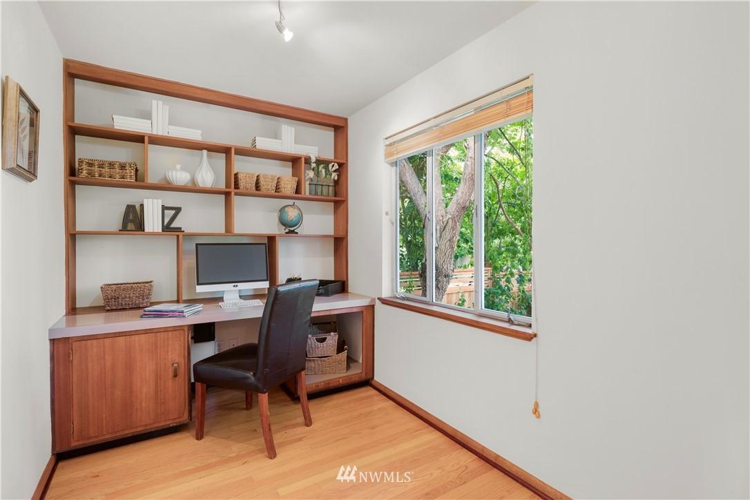 Sold Property | 7016 Brighton Lane S Seattle, WA 98118 11