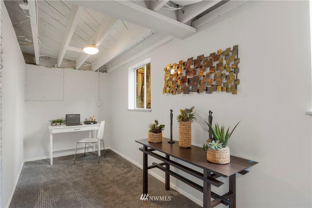 Sold Property | 7016 Brighton Lane S Seattle, WA 98118 16