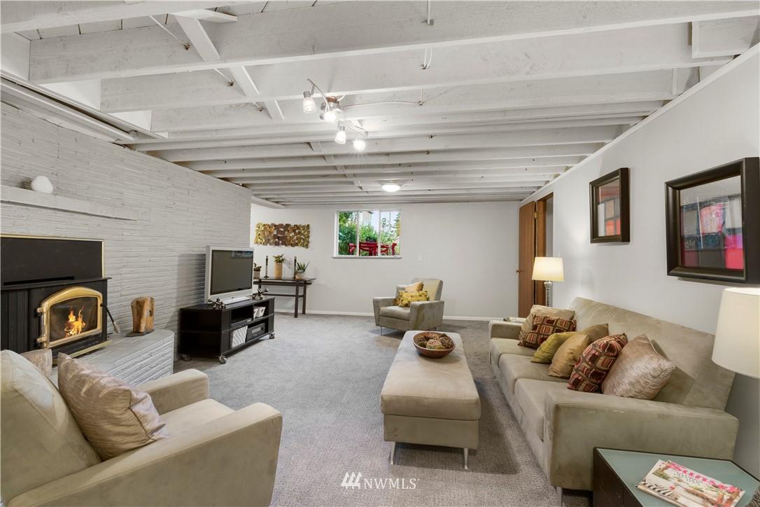 Sold Property | 7016 Brighton Lane S Seattle, WA 98118 15