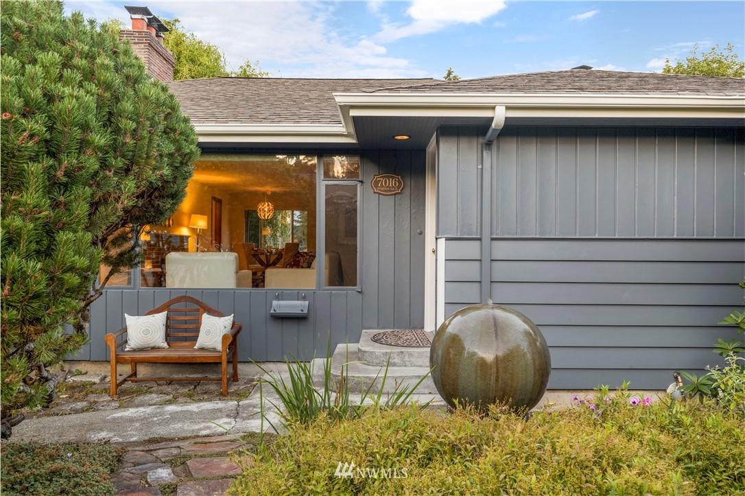 Sold Property | 7016 Brighton Lane S Seattle, WA 98118 0
