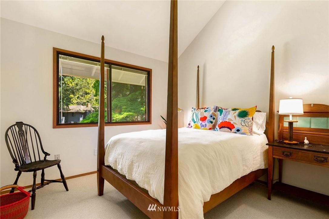 Sold Property | 11410 NE 103rd Street Kirkland, WA 98033 29