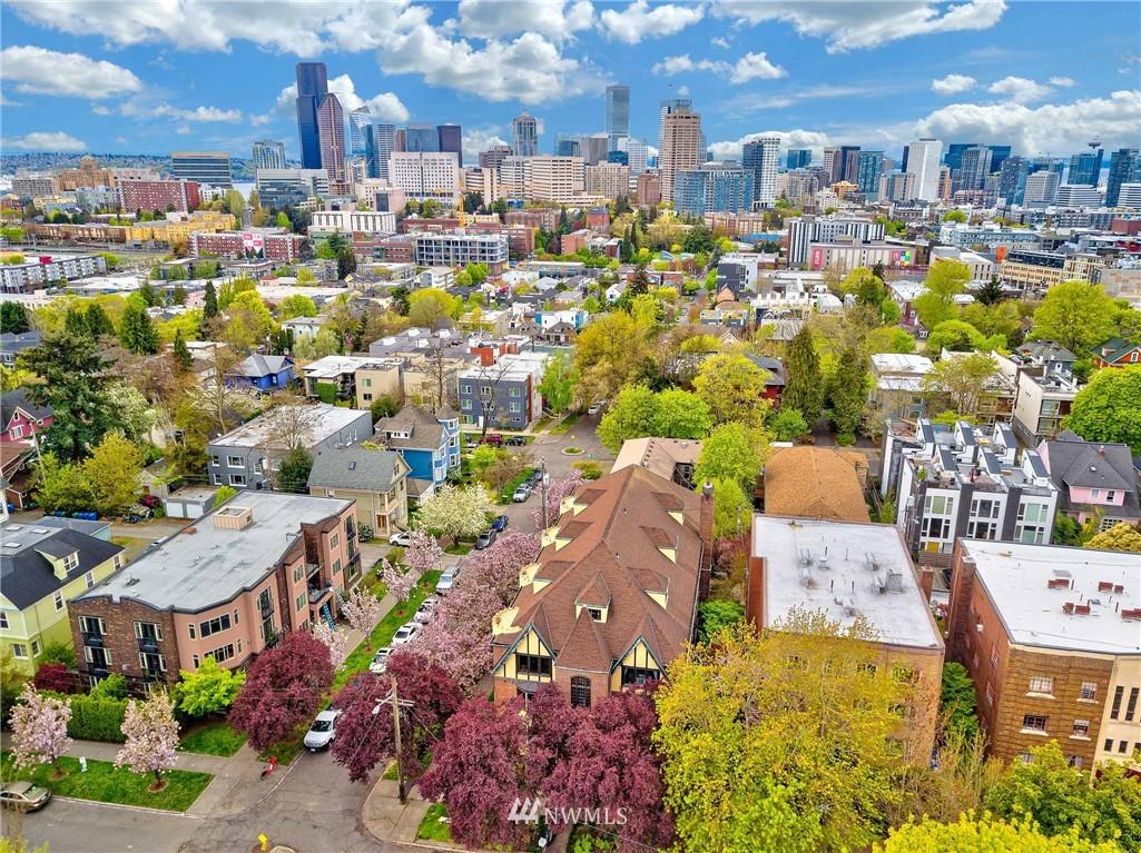 Sold Property   1101 17th Avenue #208 Seattle, WA 98122 16