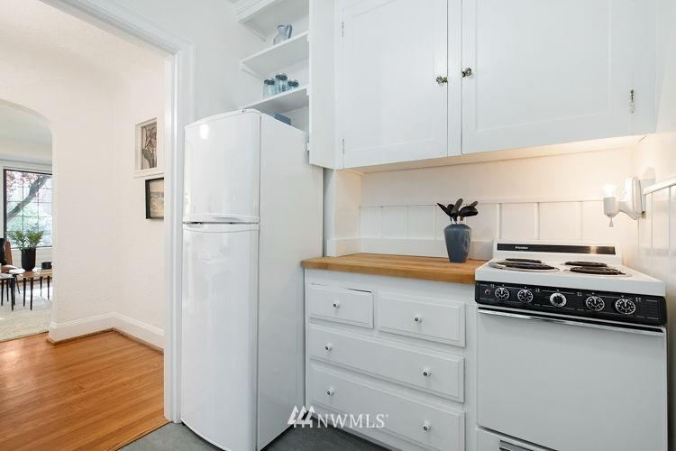 Sold Property   1101 17th Avenue #208 Seattle, WA 98122 9