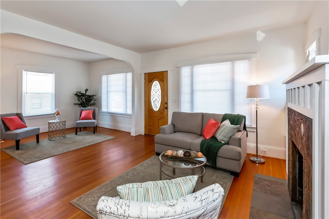 Sold Property   233 5th Street Bremerton, WA 98337 2