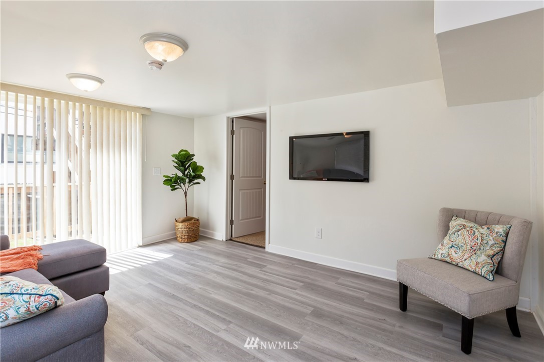 Sold Property   233 5th Street Bremerton, WA 98337 21