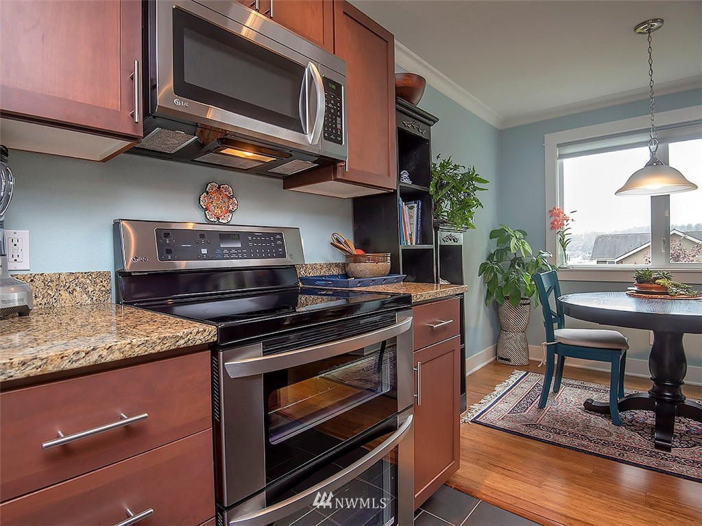 Sold Property | 2830 NW 56th #303 Seattle, WA 98107 3