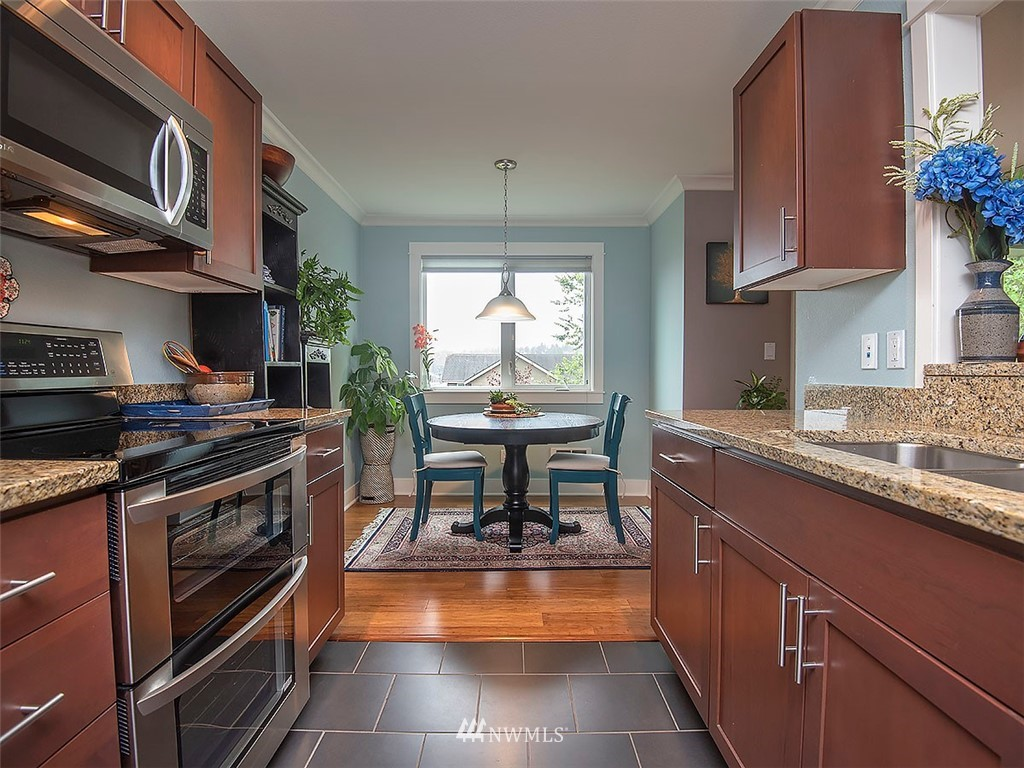 Sold Property | 2830 NW 56th #303 Seattle, WA 98107 6