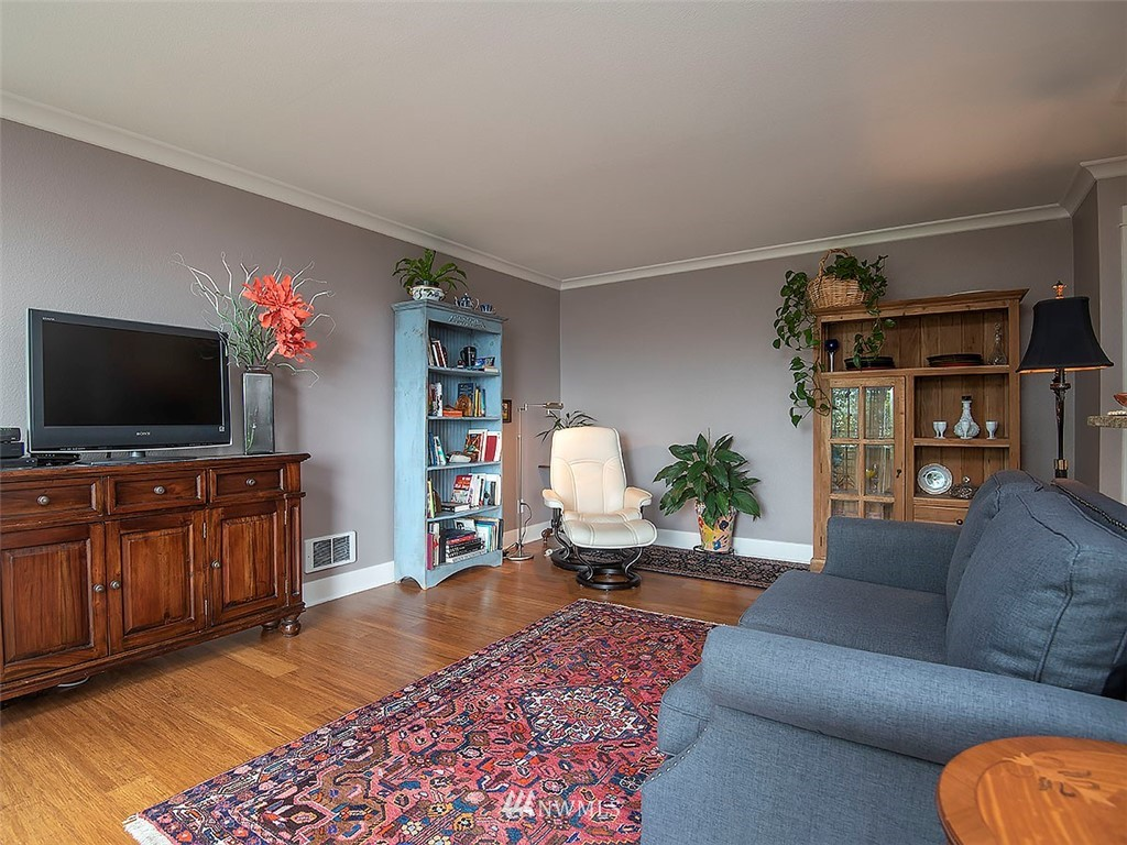 Sold Property | 2830 NW 56th #303 Seattle, WA 98107 12