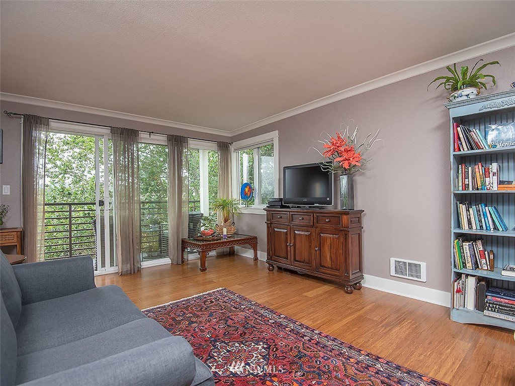 Sold Property | 2830 NW 56th #303 Seattle, WA 98107 13