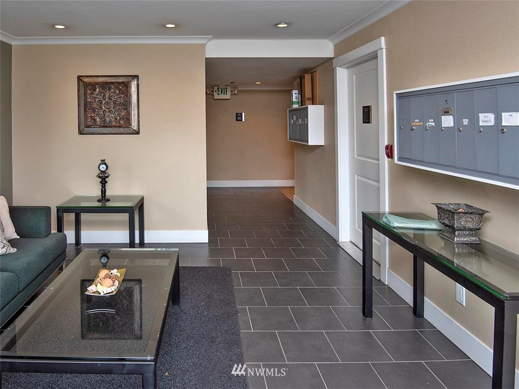 Sold Property | 2830 NW 56th #303 Seattle, WA 98107 25