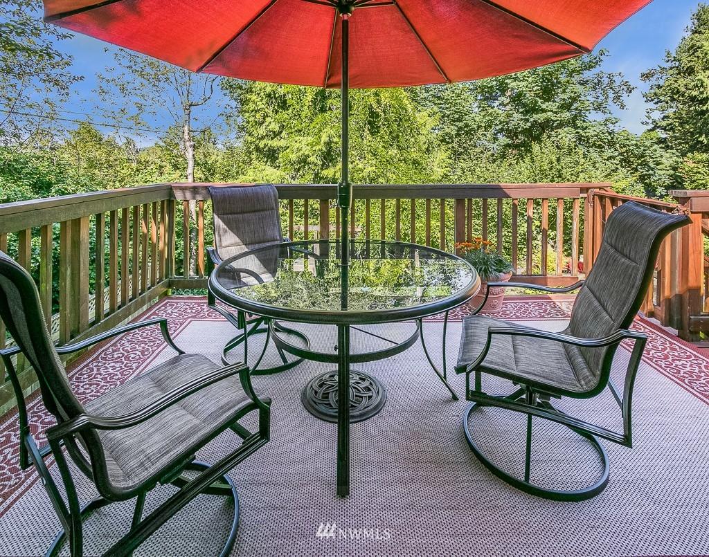 Sold Property | 13501 39th Avenue NE Seattle, WA 98125 7