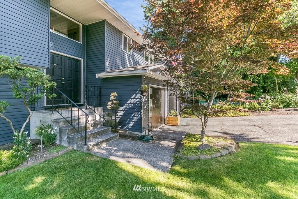 Sold Property | 13501 39th Avenue NE Seattle, WA 98125 23