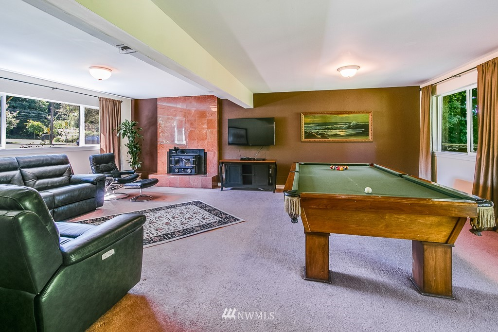 Sold Property | 13501 39th Avenue NE Seattle, WA 98125 17