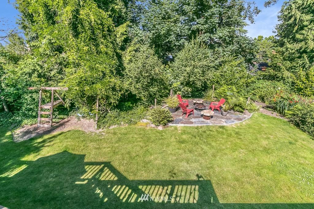 Sold Property | 13501 39th Avenue NE Seattle, WA 98125 21